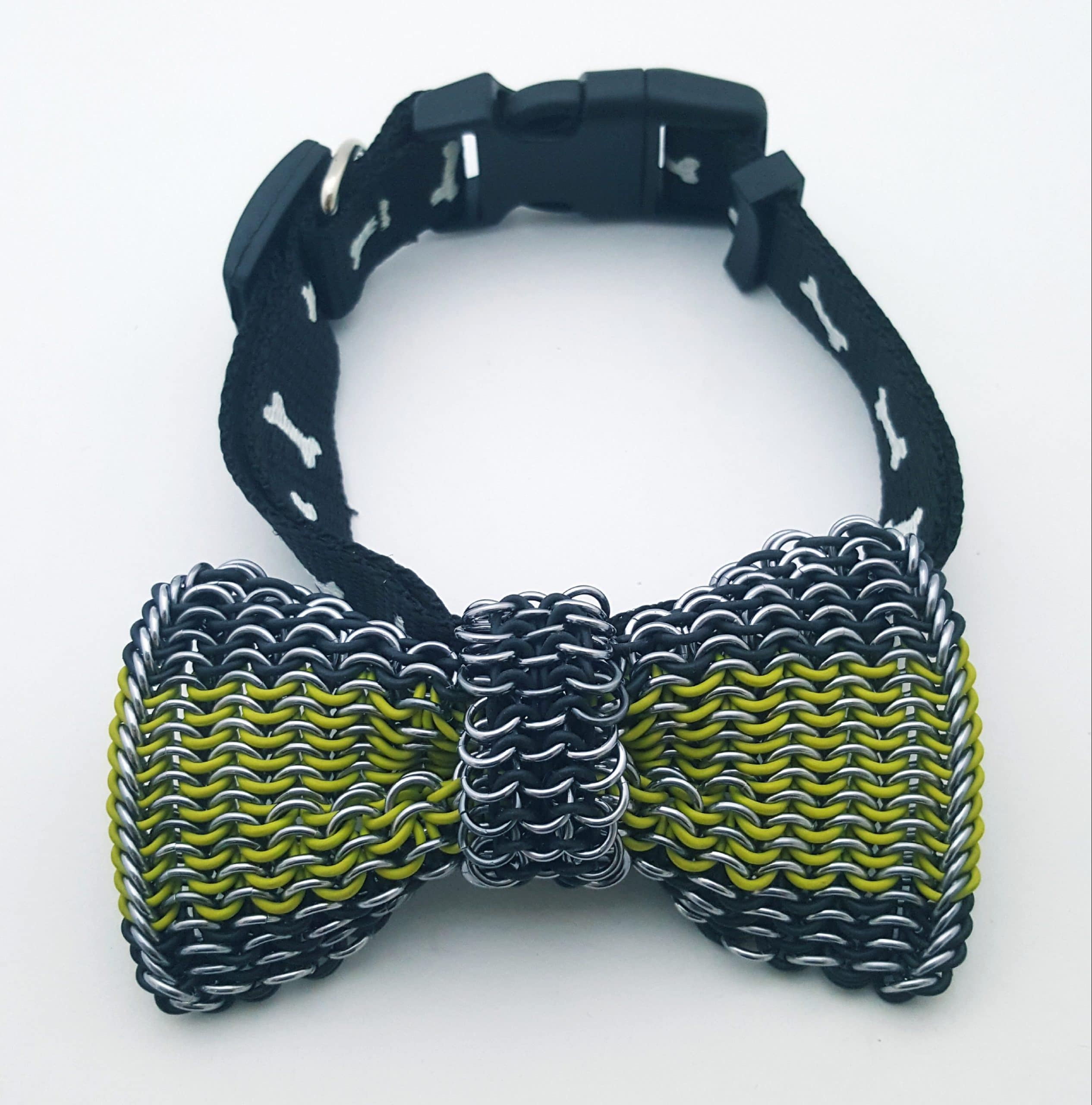 Wirework Designs | Handcrafted chainmaille jewellery and chainmaille products | Dog Bowtie with Adjustable Nylon Collar | 20200203_123755