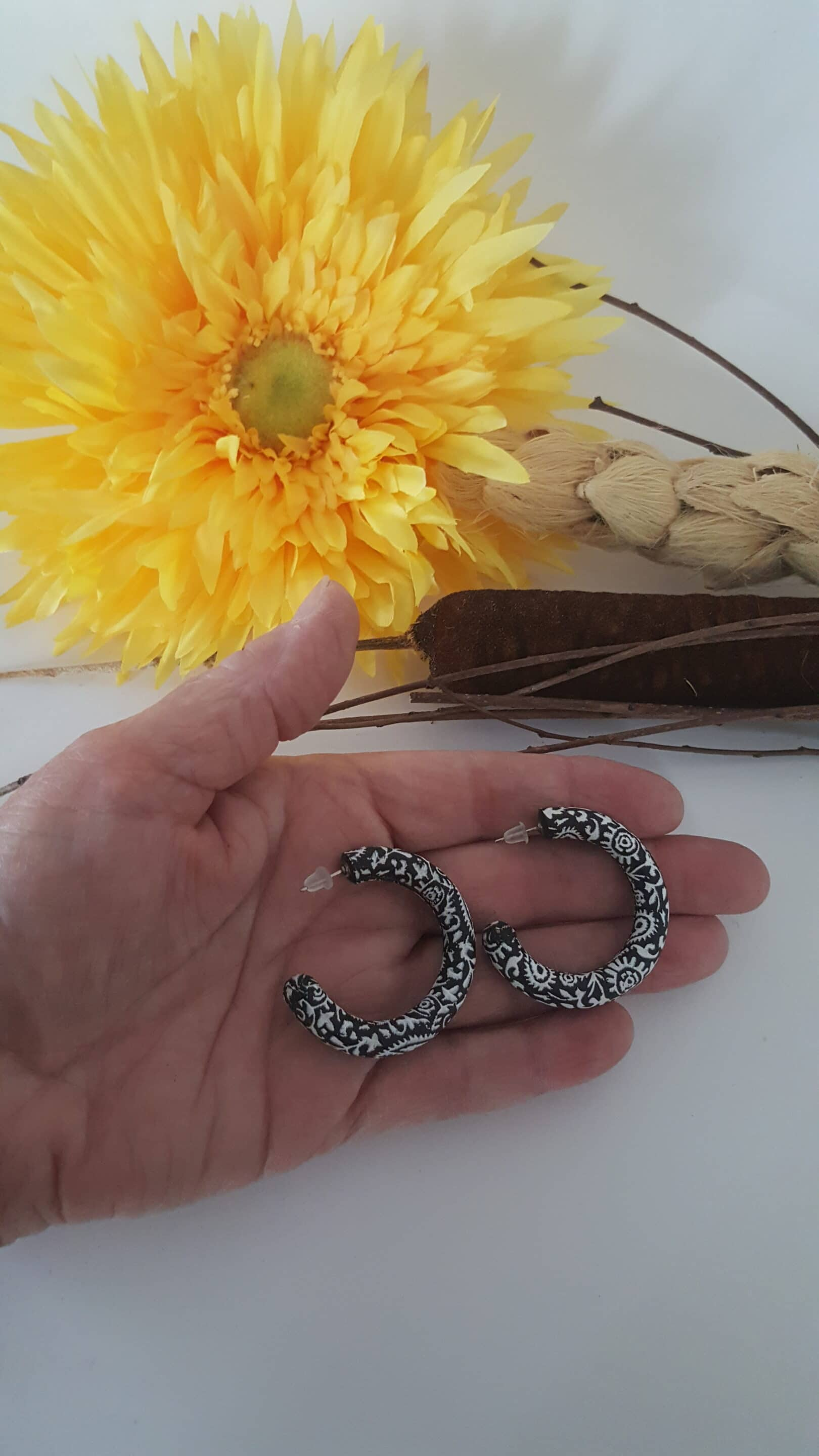Wirework Designs | Handcrafted chainmaille jewellery and chainmaille products | Clay Hoops | 20210810_091201